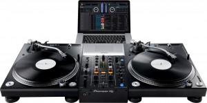 djm-450-set-plx-1000-laptop.png